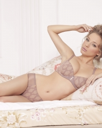 RosePetal Lingerie Collection AW2013 (7)