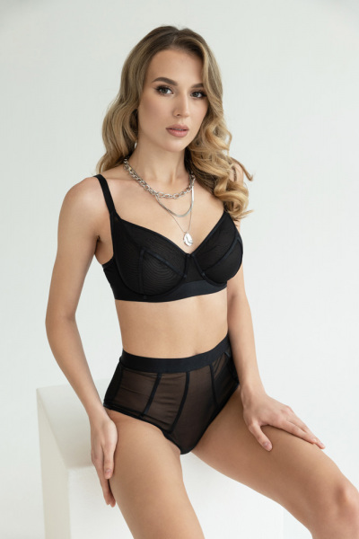 RosePetal-Lingerie-Collection-AW2021-2