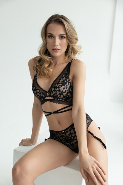 RosePetal-Lingerie-Collection-AW2021-8